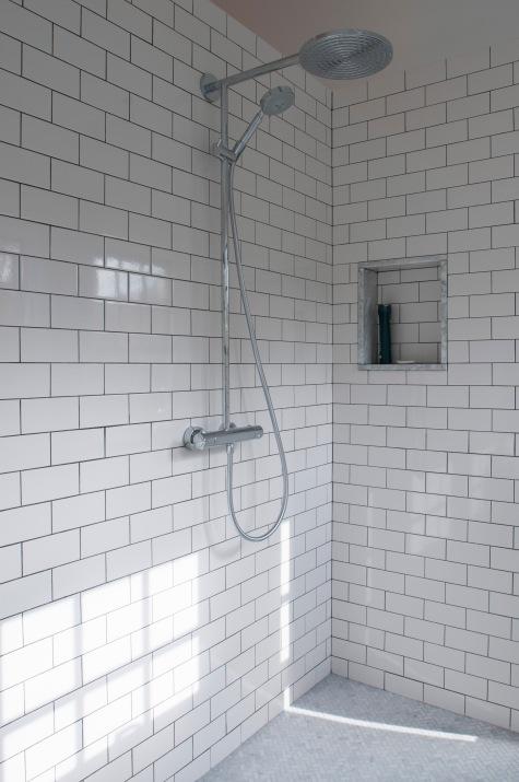 Lemon-Grass-Interior-Architecture_Vintage-Meets-High-End-Dream-Bath_2.jpg