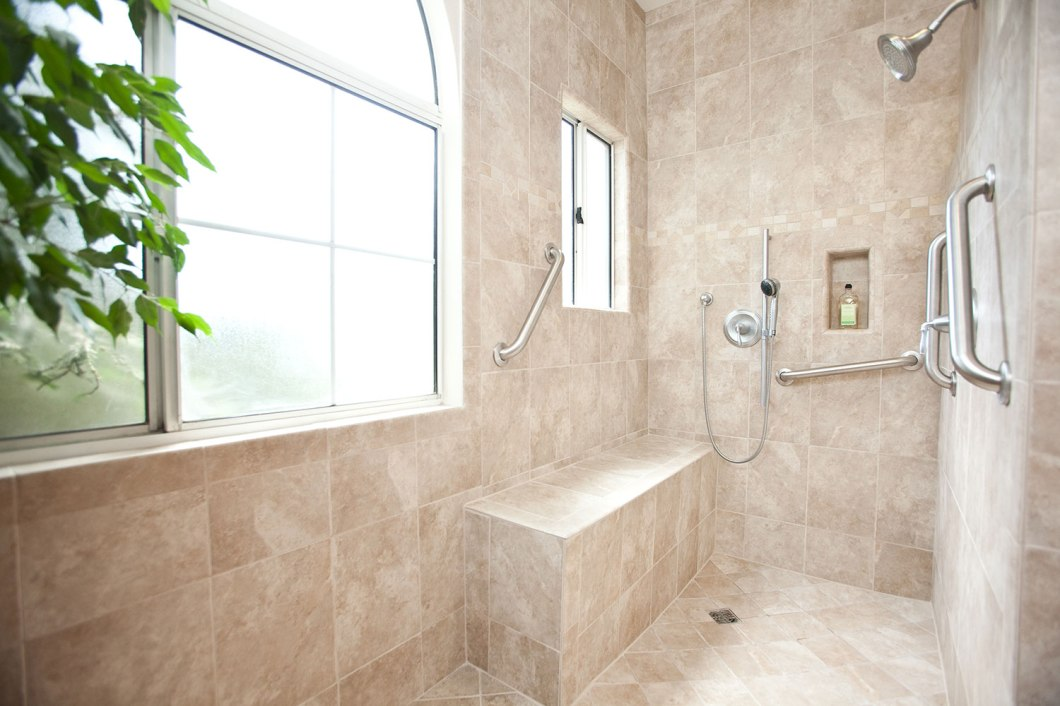 accessible-bathroom-designs-handicapped-of-fine-amazing-chic-handicap-5