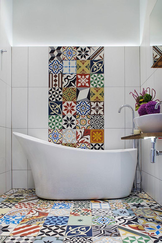 Bold-and-vivacious-tiles-for-the-modern-Mediterranean-bathroom