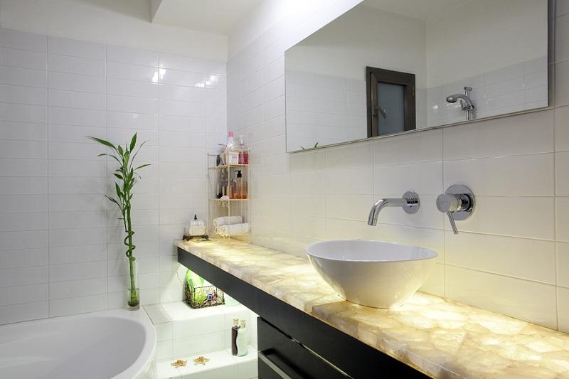 Modern-Zen-Bathroom-Decor.jpg